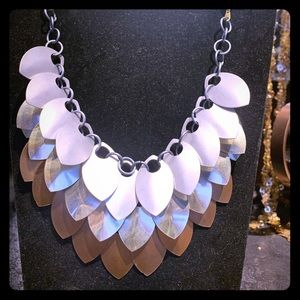Dragon scale necklace & earring set